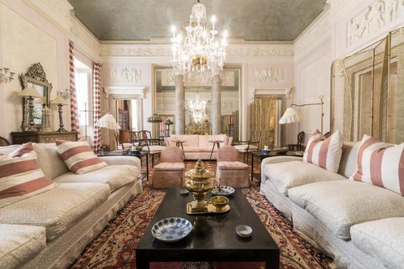 Mobilia re immobili di prestigio a bologna italia europa for Appartamenti prestigio milano